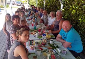 2019-06-16 HG frühstückt web (24)